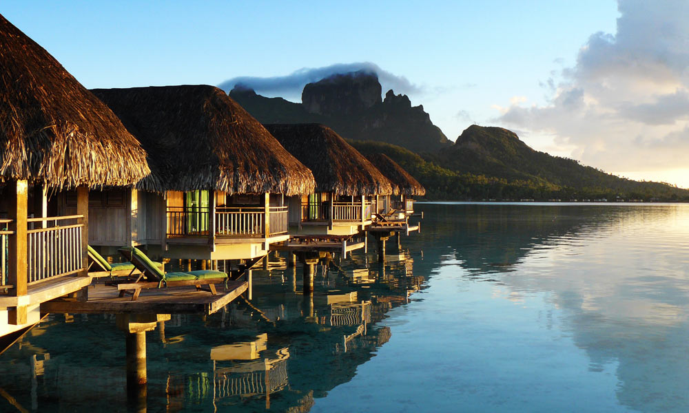 Image gallery island bungalow for Luxury hotels all over the world