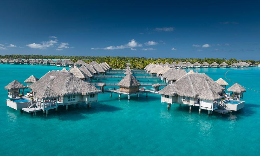 Overwater Deluxe Island View Villa