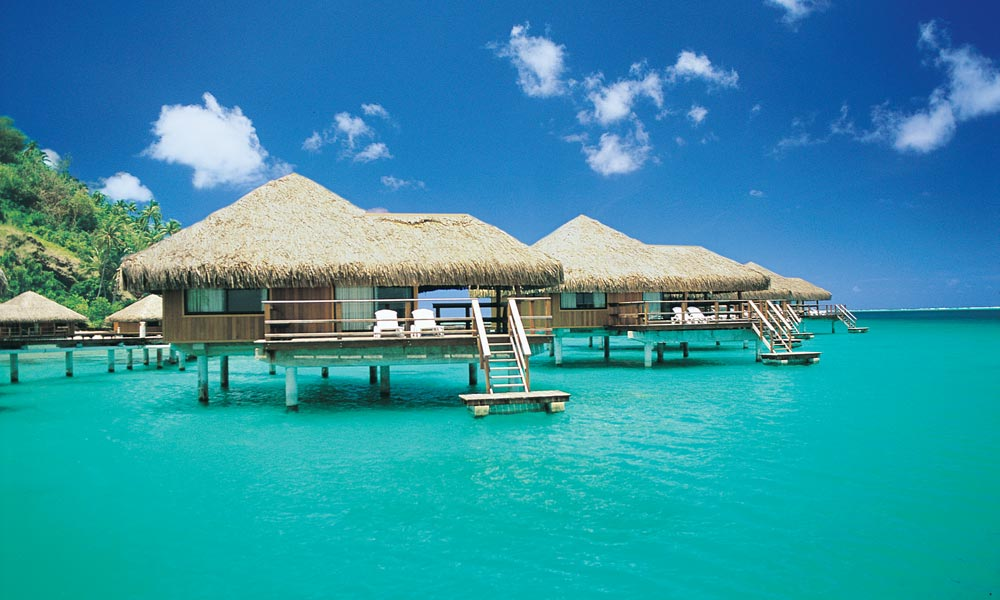 Royal huahine resort Overwater bungalows fiji
