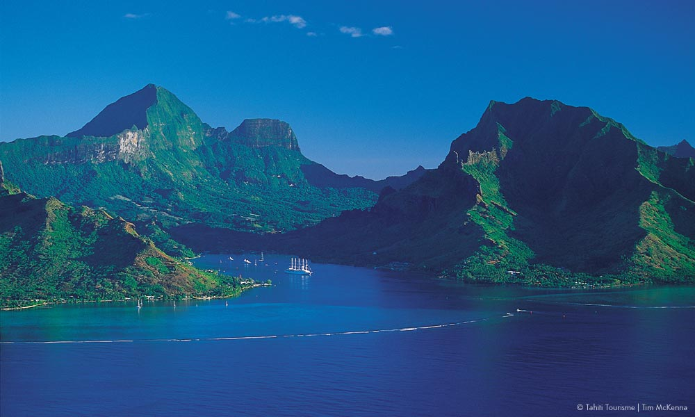 Moorea Island Travel Guide And Vacation Packages