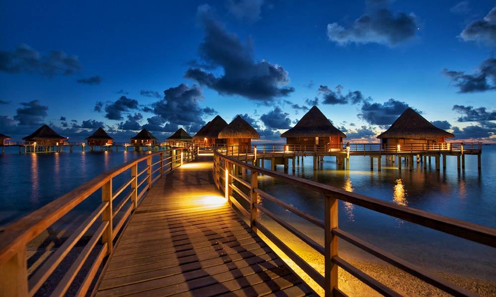 Rangiroa Guide Resorts Diving And Vacations Tahiti Com