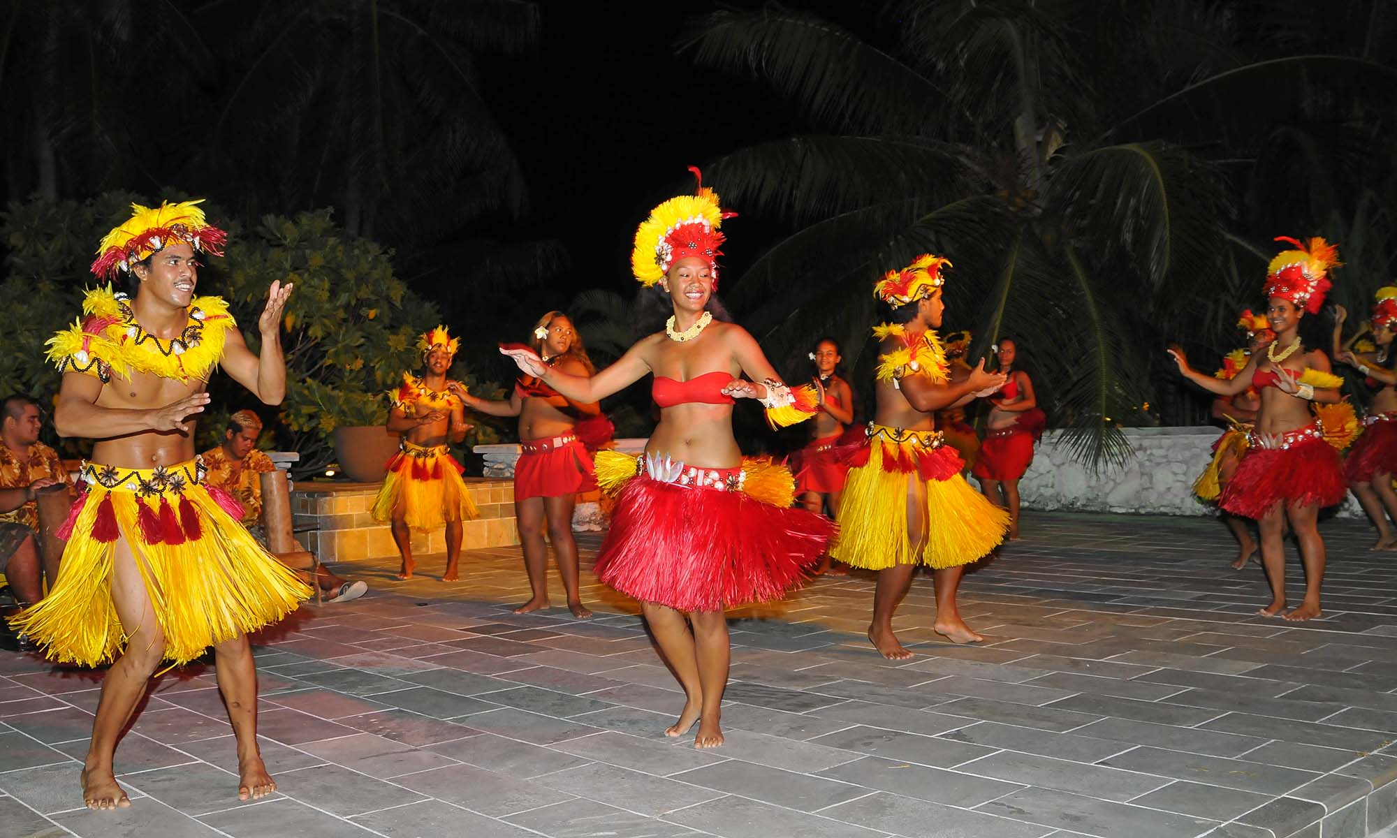 InterContinental Bora Bora Resort & Thalasso Spa, Polynesian Dance Show
