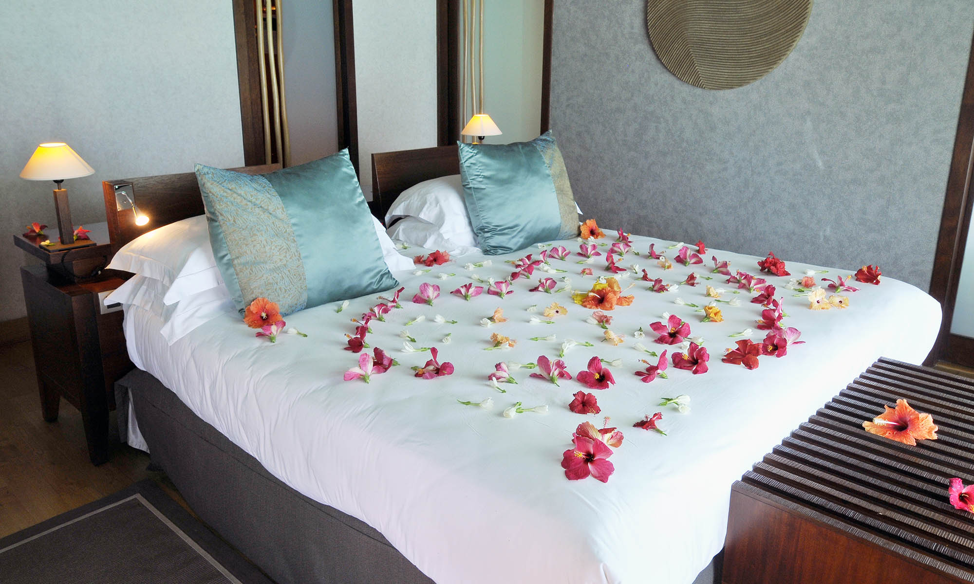 InterContinental Bora Bora Resort & Thalasso Spa, Flower Bed Turndown Service