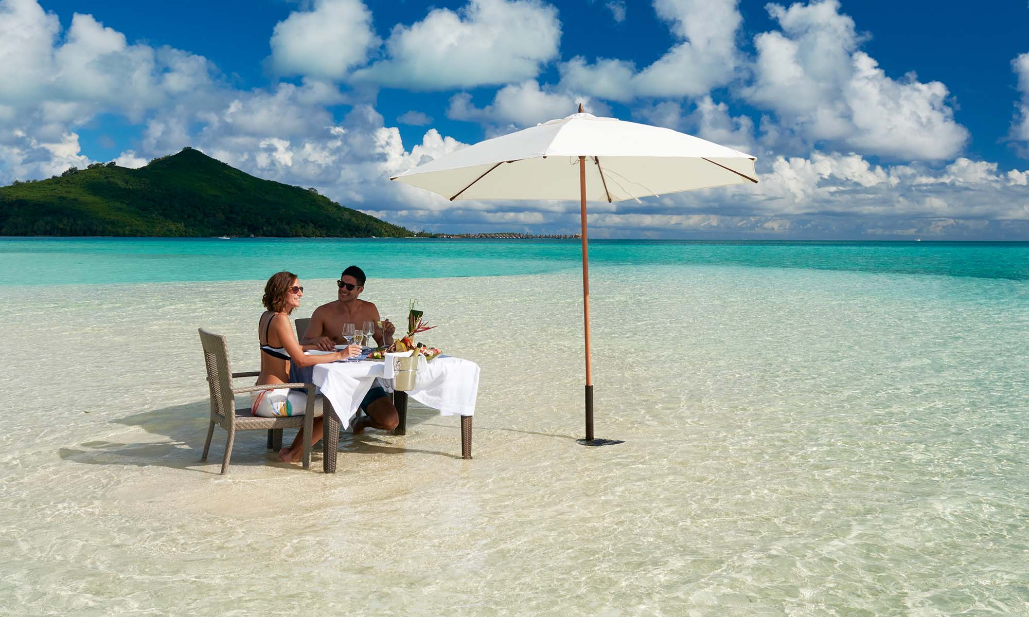 Romantic Lunch at a Private Motu on Bora Bora