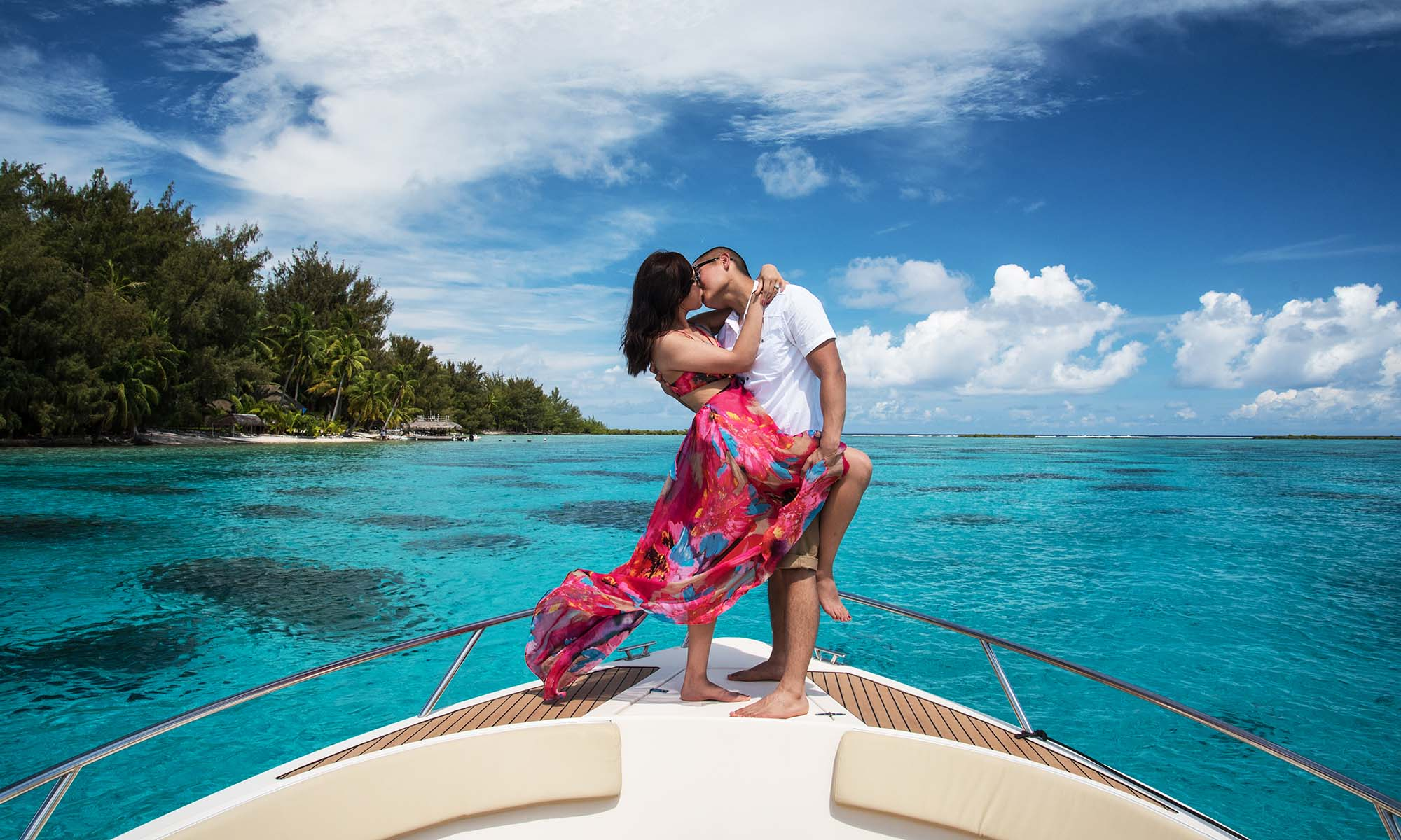 Private Lagoon Cruise with a Professional Photographer on Bora Bora