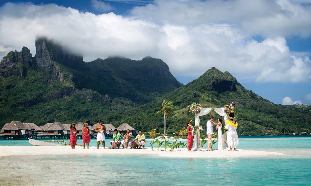 Four Seasons Resort Bora Polynesian Wedding