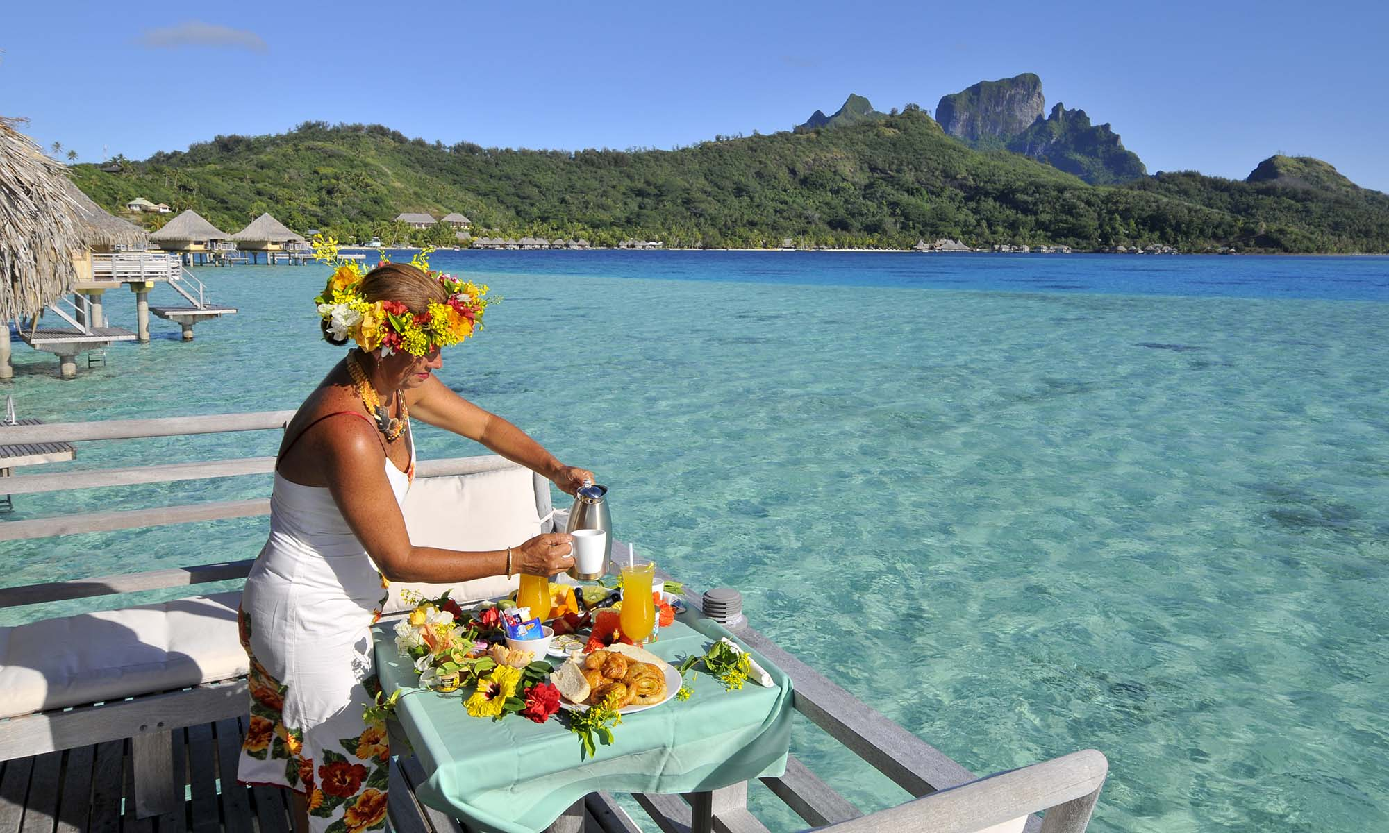 InterContinental Bora Bora Le Moana Resort, Traditional Outrigger Canoe Breakfast