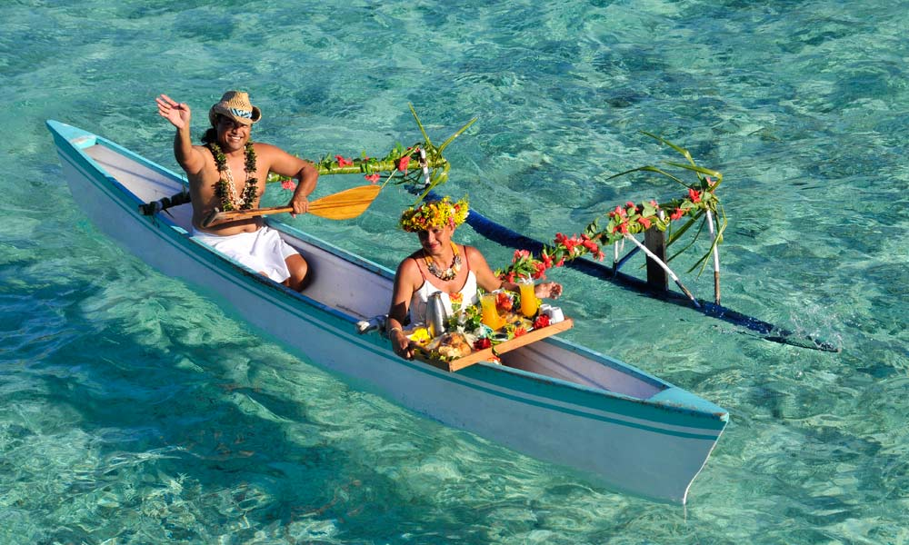 InterContinental Bora Bora Le Moana Resort, Canoe Breakfast
