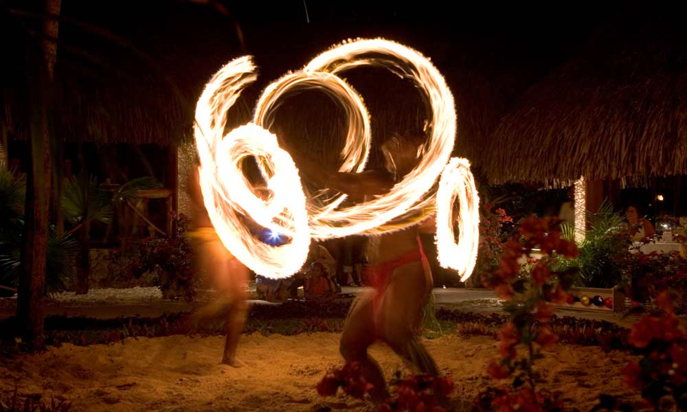 InterContinental Bora Bora Le Moana Resort, Fire Dancing