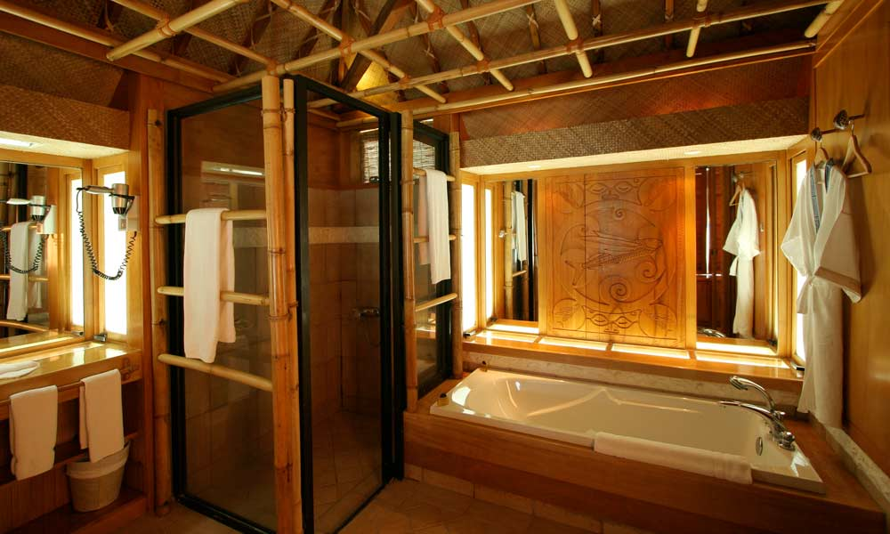 Bora Bora Pearl Beach Resort & Spa, Bungalow Bathroom
