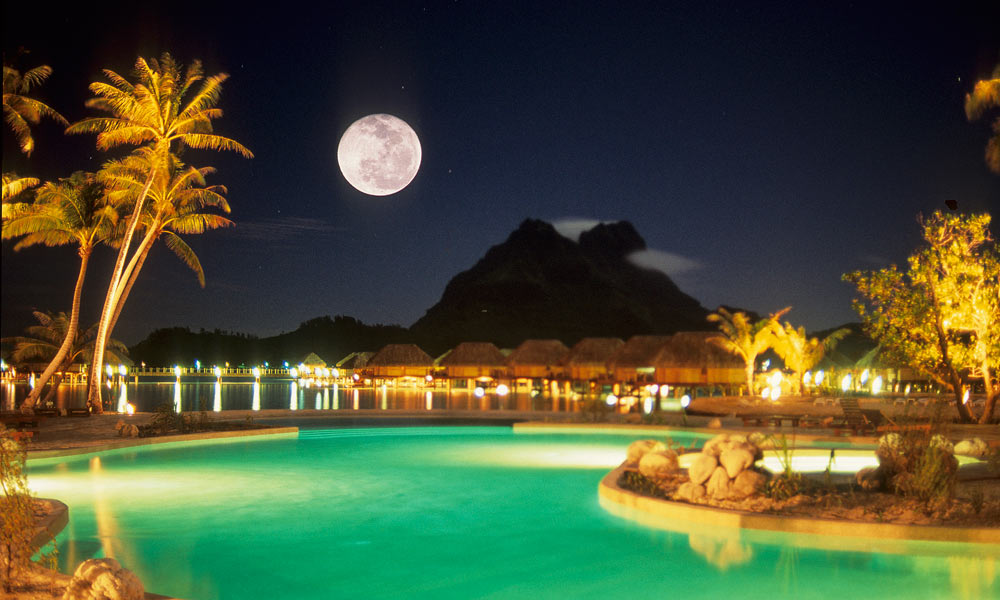 Bora Pearl Beach Resort Spa At Night