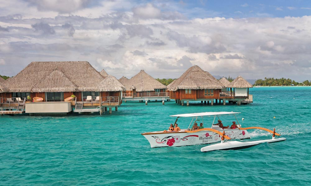 Bora Bora Romantic Tour, resort pick-up