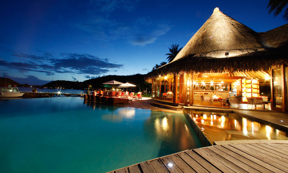 Sofitel Bora Marara Beach Resort Hurricane Bar