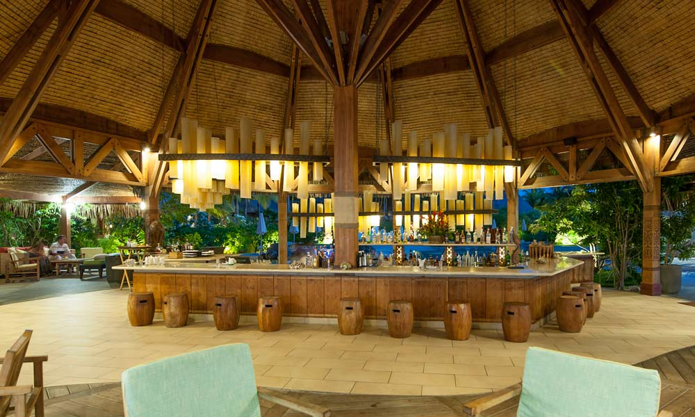 St Regis Bora Bora Resort, Aparima Bar