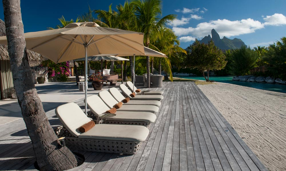 St Regis Bora Bora Resort, Deck