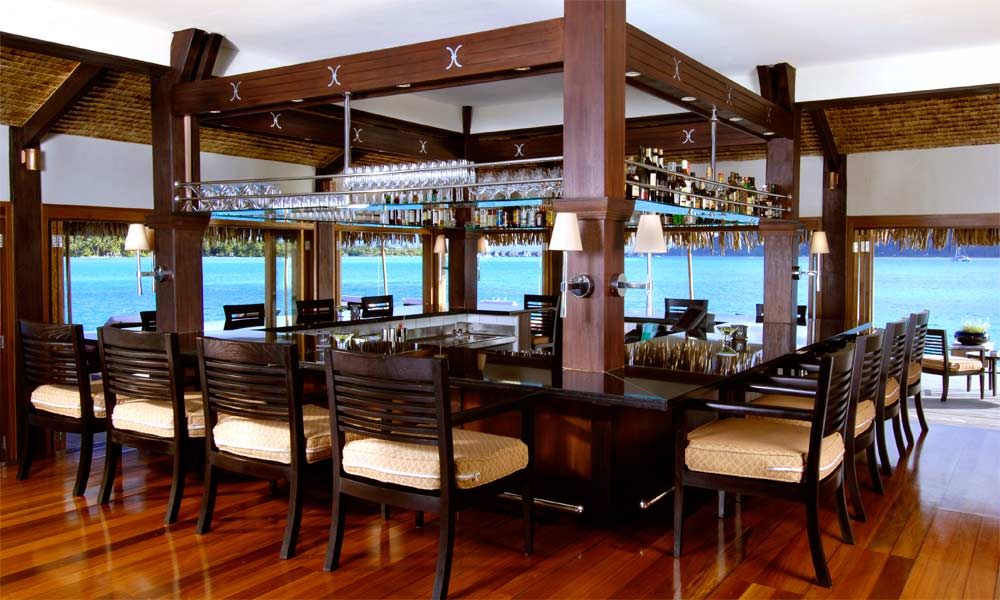 St Regis Bora Bora Resort, Lagoon Bar