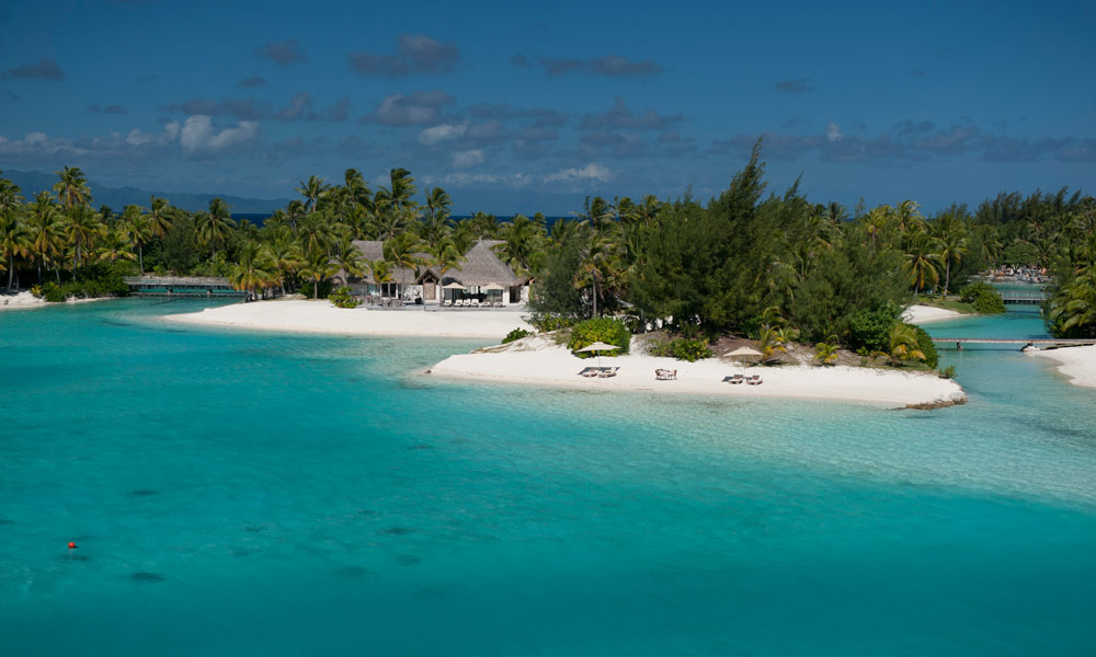 St Regis Bora Bora Resort, Royal Estate Exterior