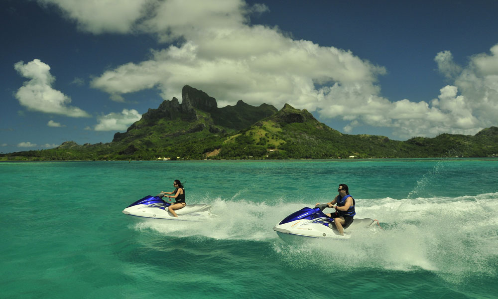 Bora Bora Circle Island Tour by Jet Ski