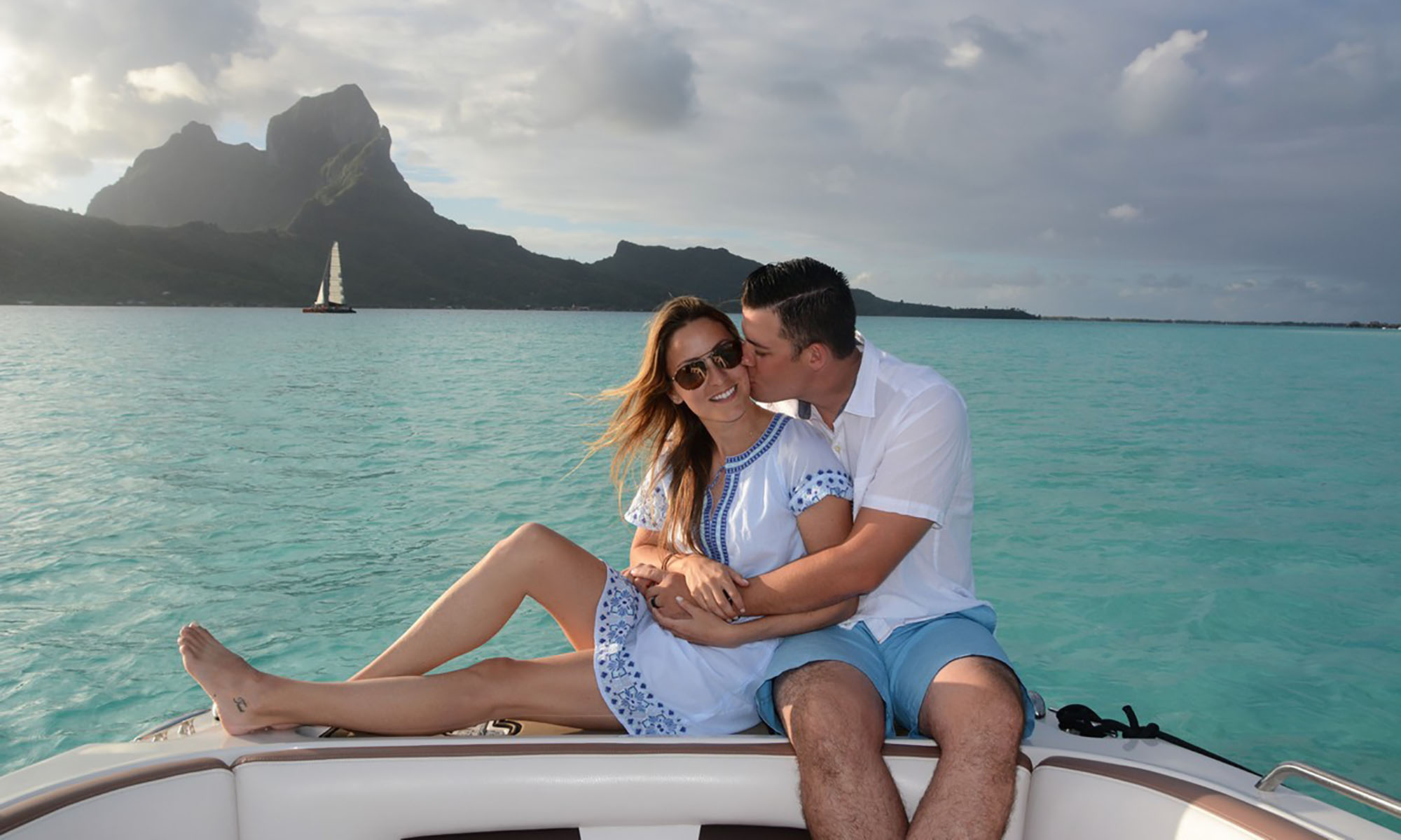 The Loveboat Bora Bora, Private Sunset Lovers Cruise