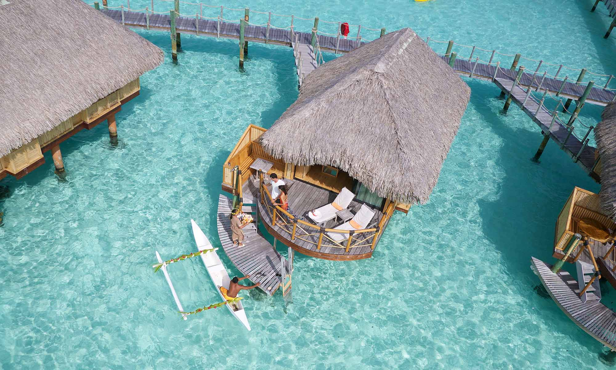 Bora Bora Pearl Beach Resort & Spa, Canoe Breakfast