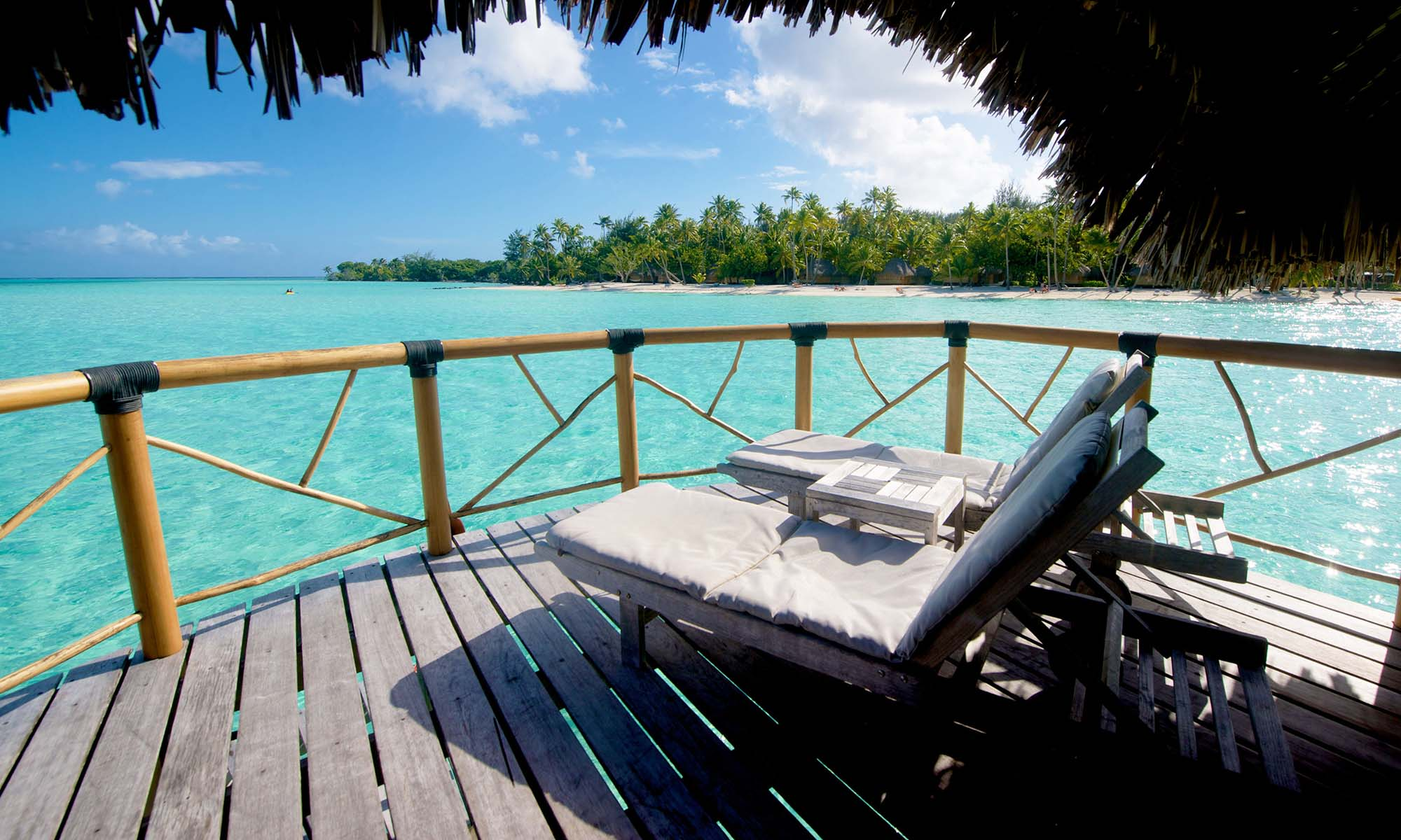 Bora Bora Pearl Beach Resort & Spa, Overwater Bungalow Deck