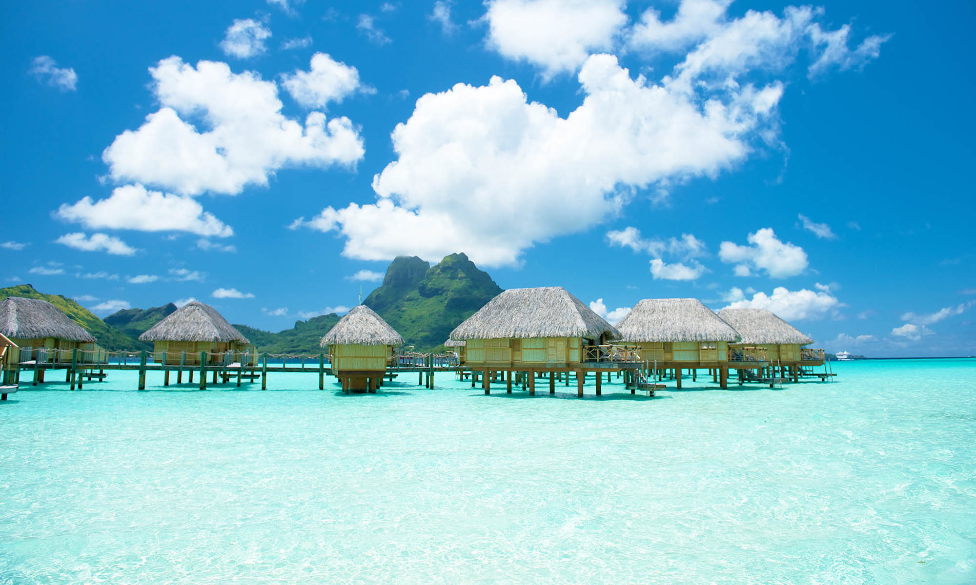 Bora Bora Pearl Beach Resort & Spa, Overwater Bungalows