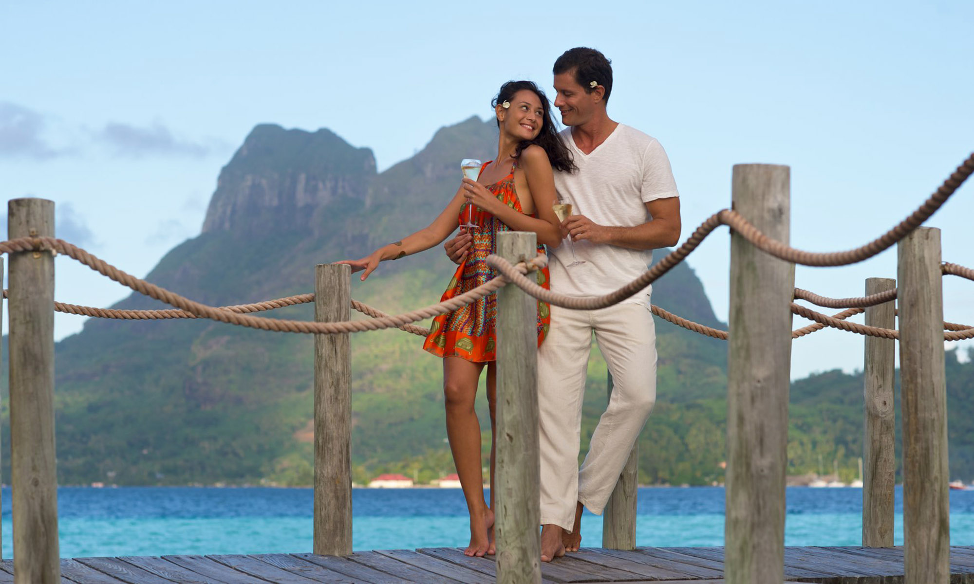 Bora Bora Pearl Beach Resort & Spa, Pontoon