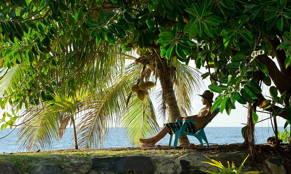 Relaxation on Huahine