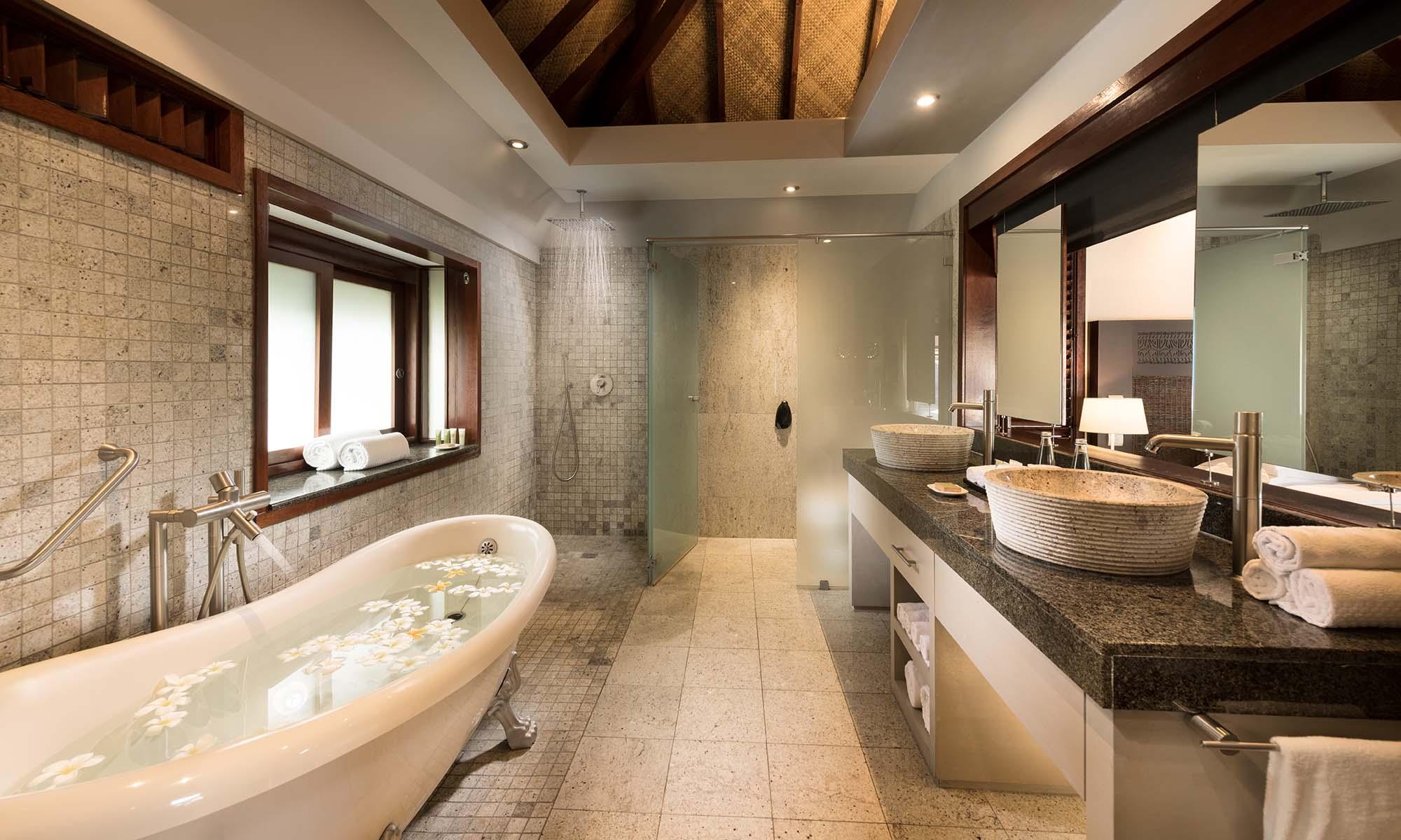 Hilton Moorea Lagoon Resort and Spa   Tahiti com