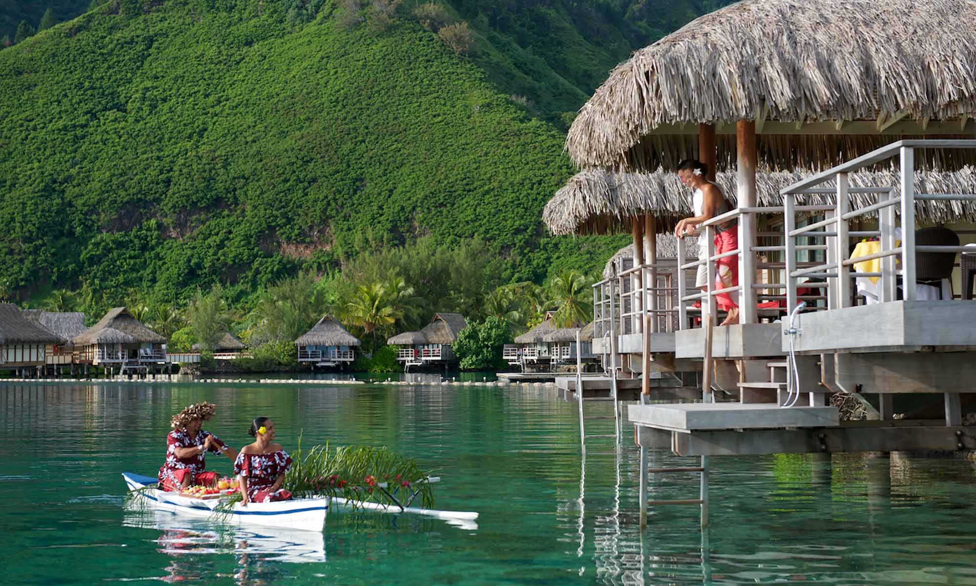 InterContinental Moorea Resort & Spa, Canoe Breakfast