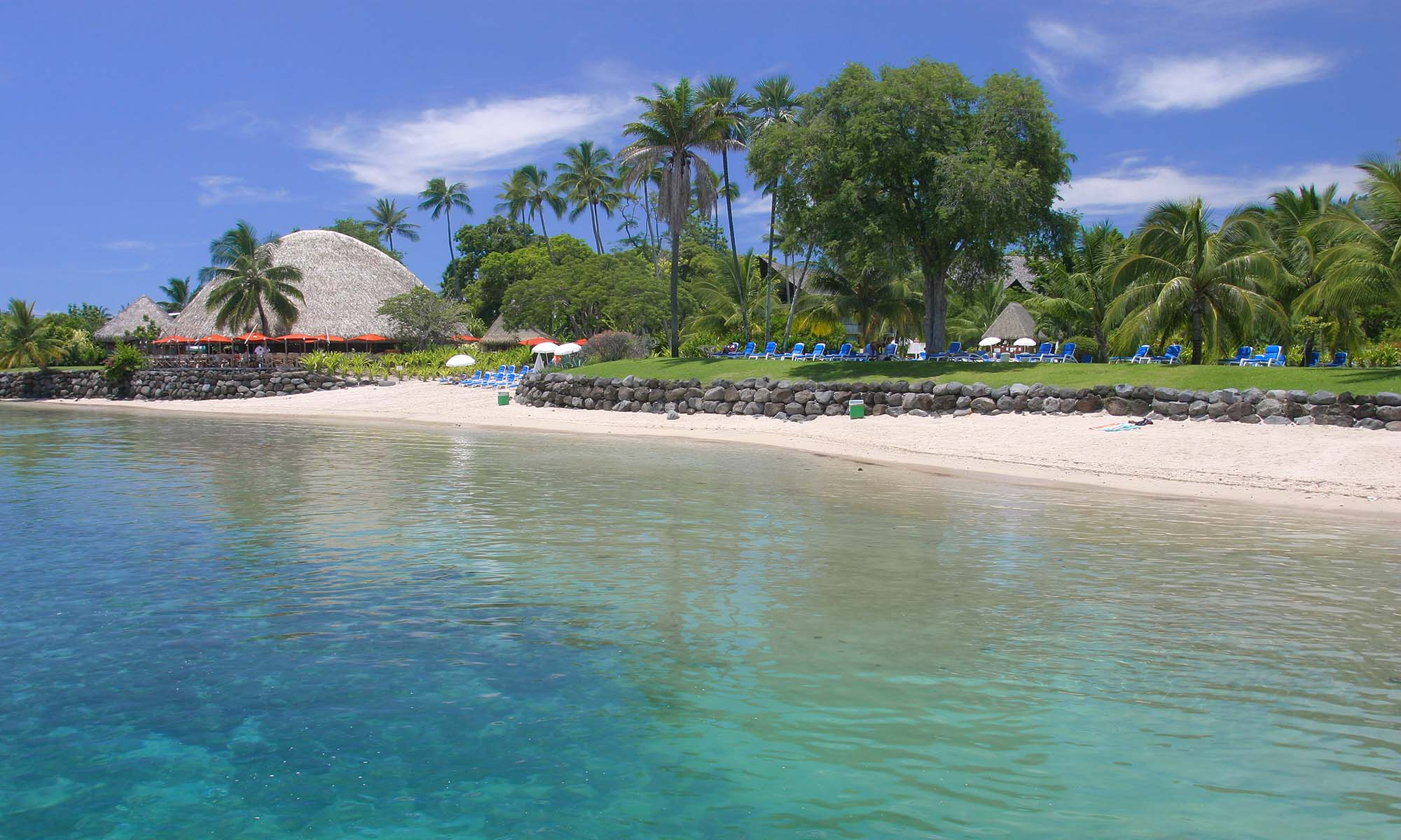 Tahiti Ia Ora Beach Resort by Sofitel, Beach