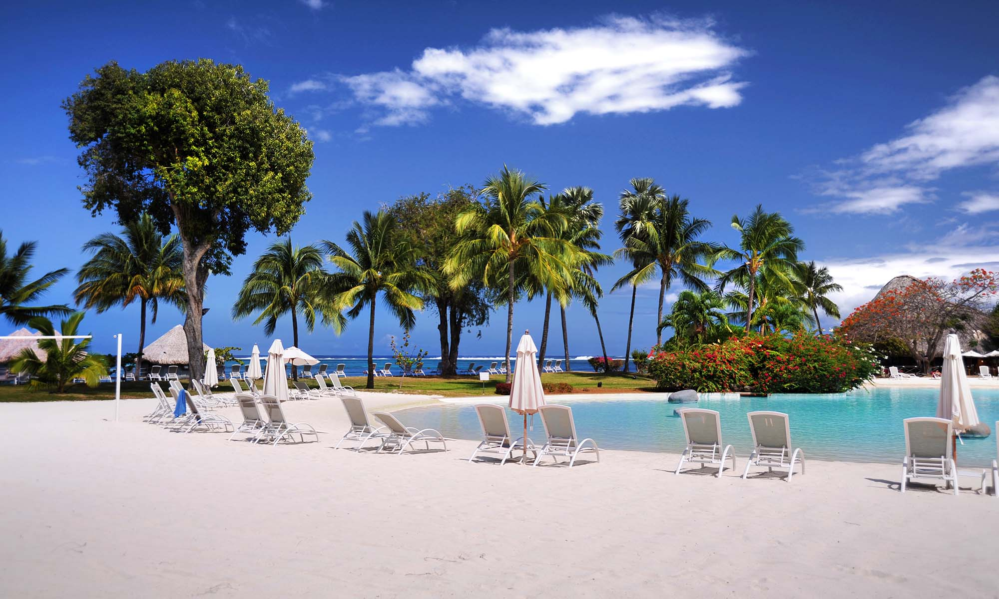 Le Meridien Tahiti, Sand-Bottom Pool