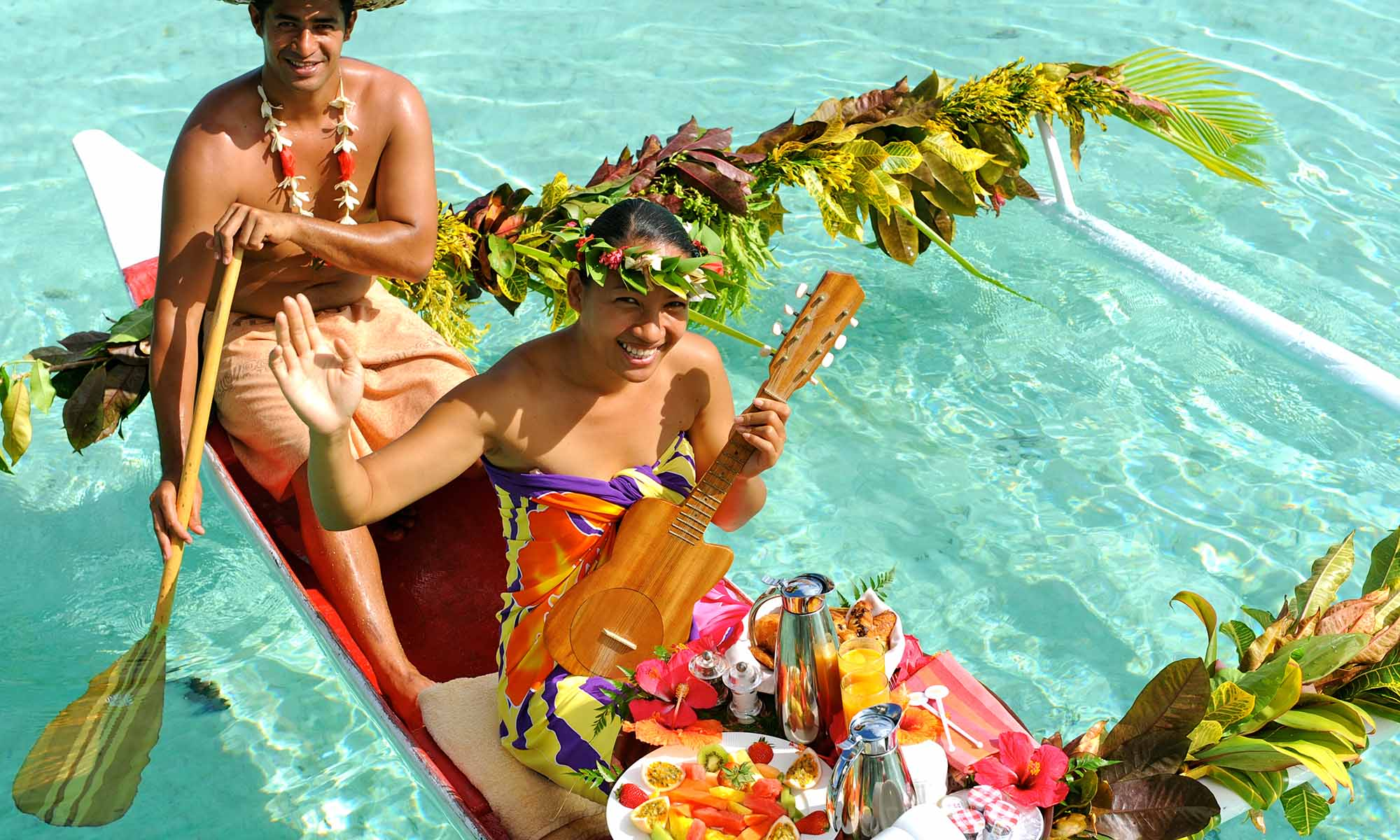 Le Taha'a Island Resort & Spa, Canoe Breakfast