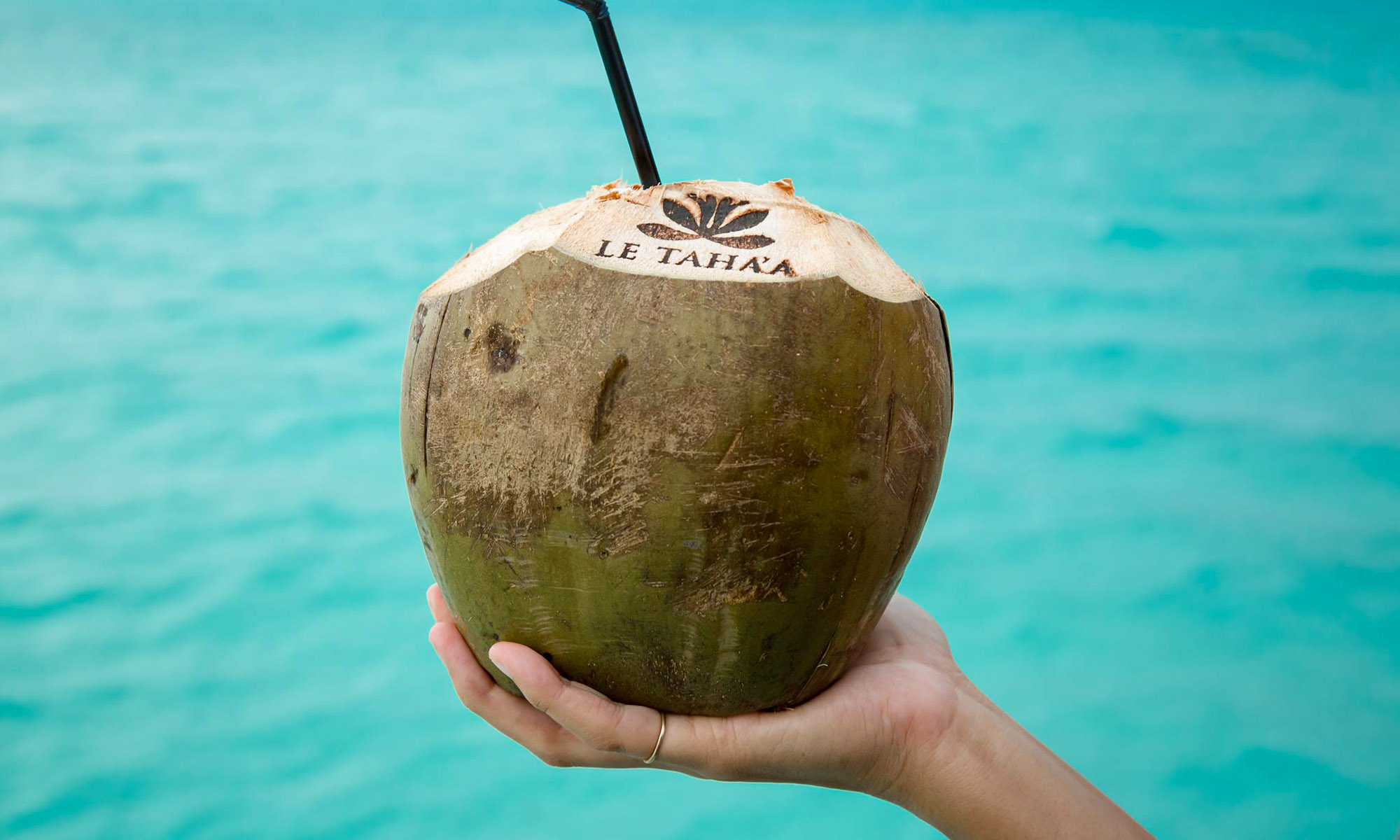 Le Taha'a Island Resort & Spa, Fresh Coconut Water
