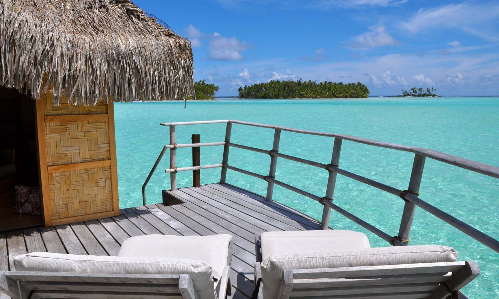 Le Taha'a Island Resort & Spa, Overwater Bungalow View