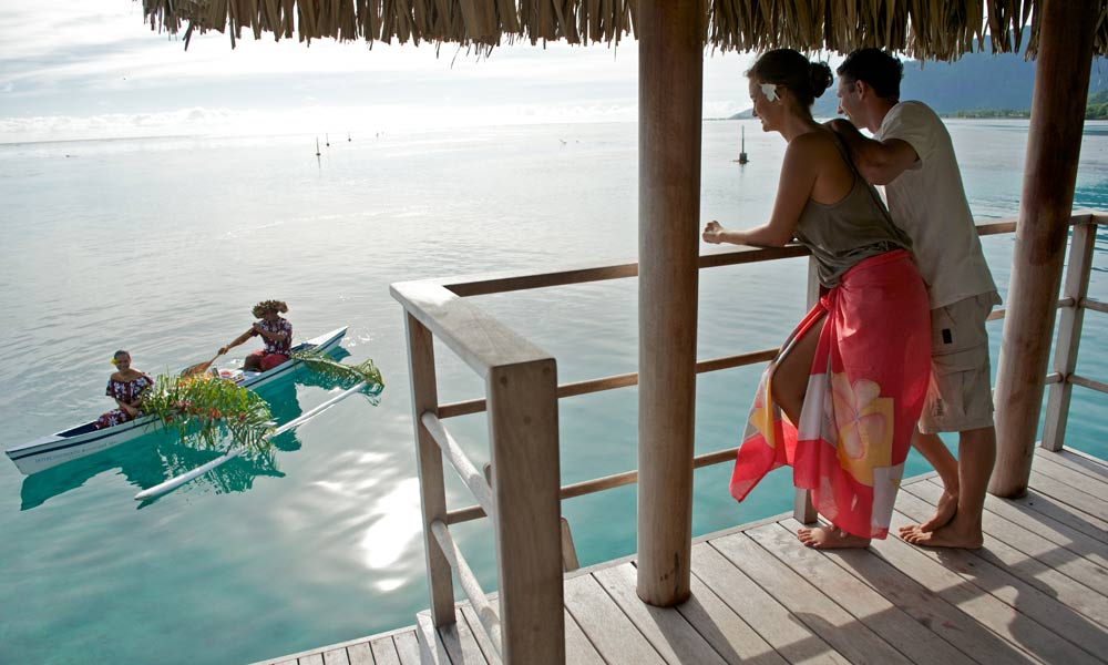 InterContinental Moorea Resort and Spa, Canoe Breakfast