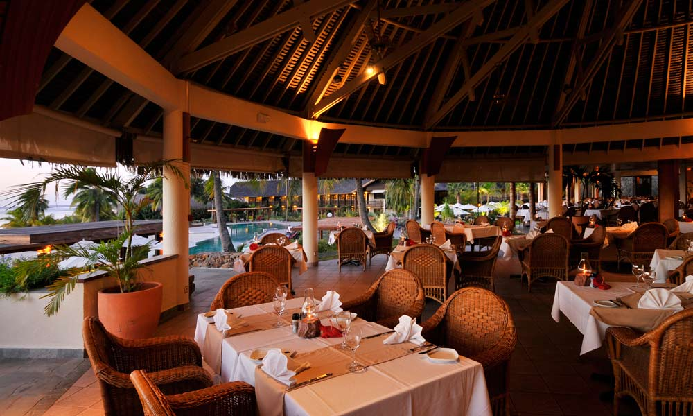 InterContinental Moorea Resort and Spa, Fare Nui Restaurant