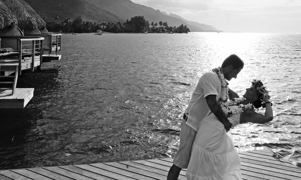 Manava Beach Resort and Spa,  Wedding Couple