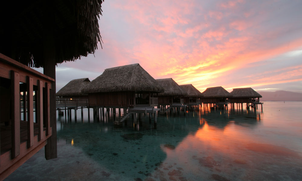 Sofitel Moorea Ia Ora Beach Resort, Sunset