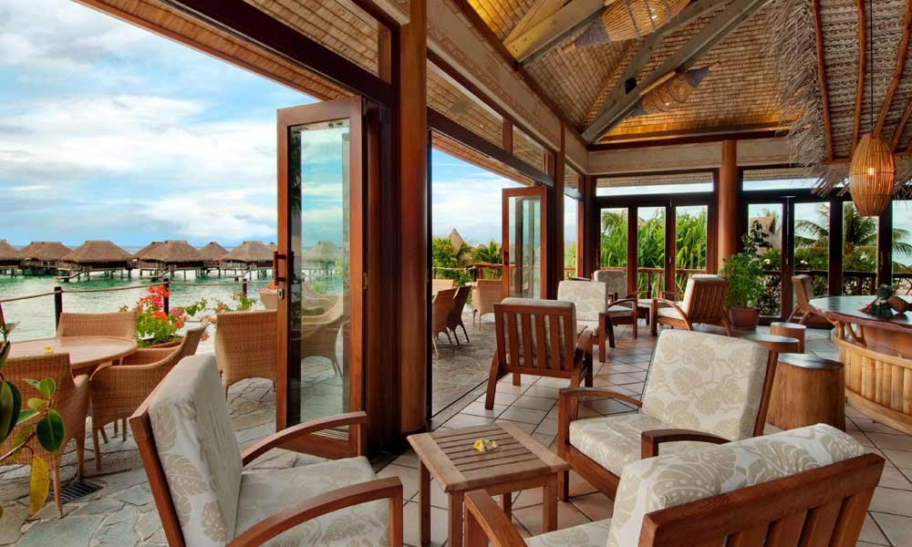 Hilton Moorea Lagoon Resort & Spa, Eimeo Lounge Bar