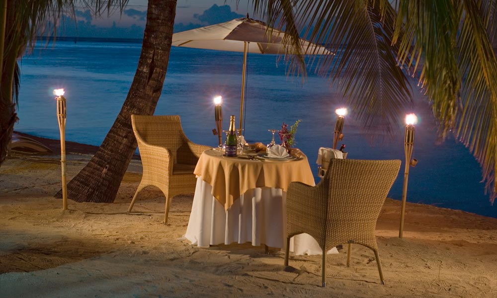 Hilton Moorea Lagoon Resort & Spa, Romantic Dinner