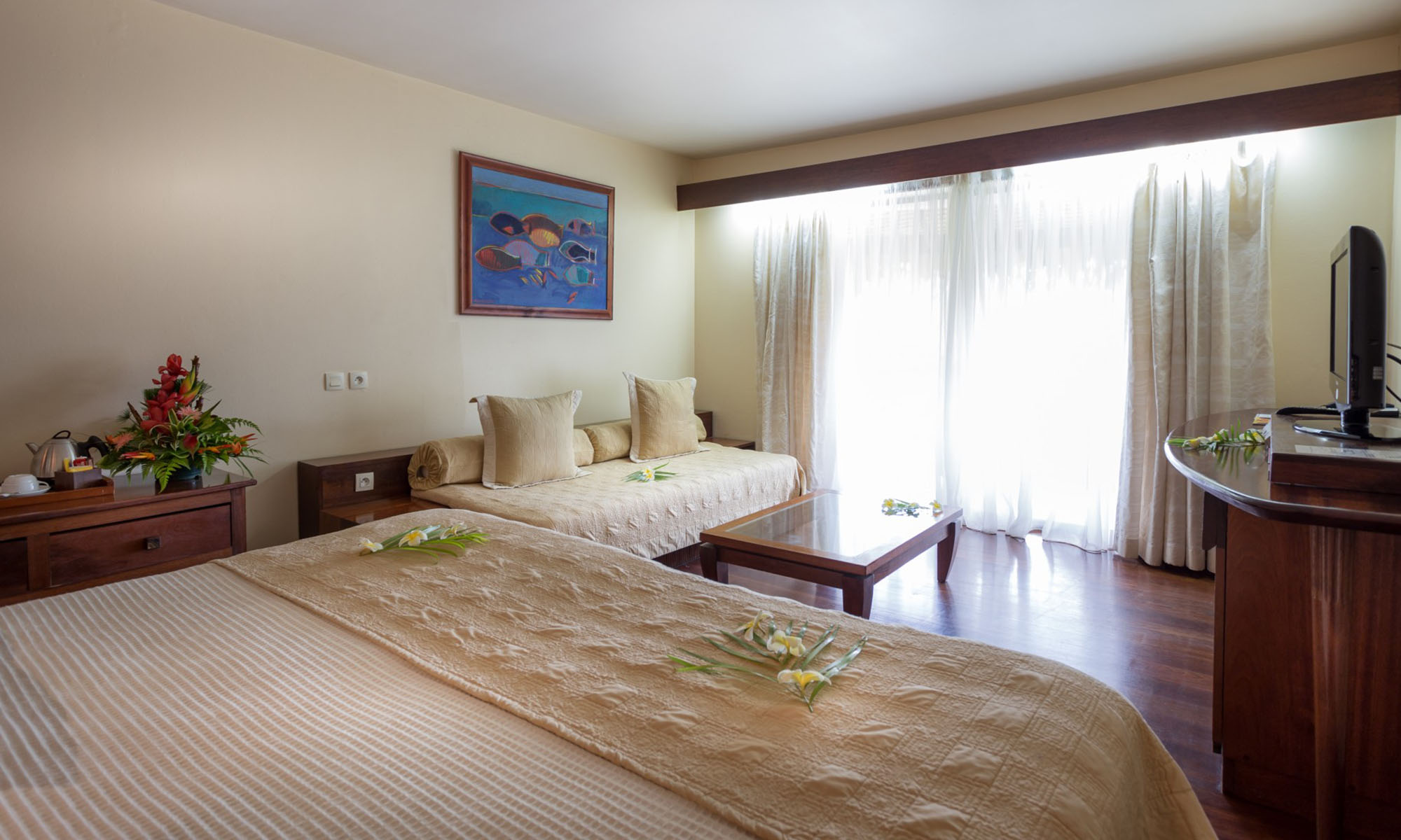 Manava Beach Resort & Spa, Garden View Room