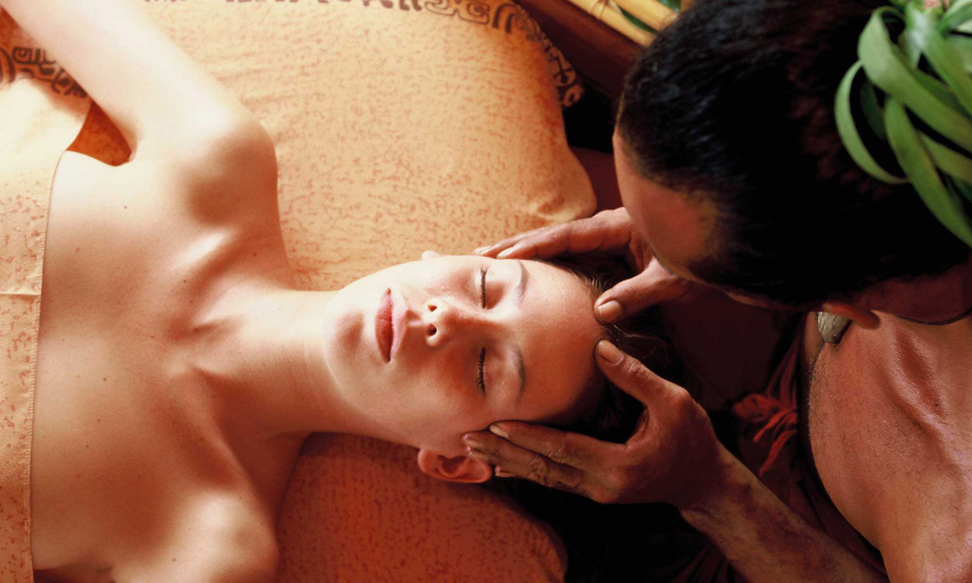 Manava Beach Resort & Spa, Manea Spa Massage Treatment