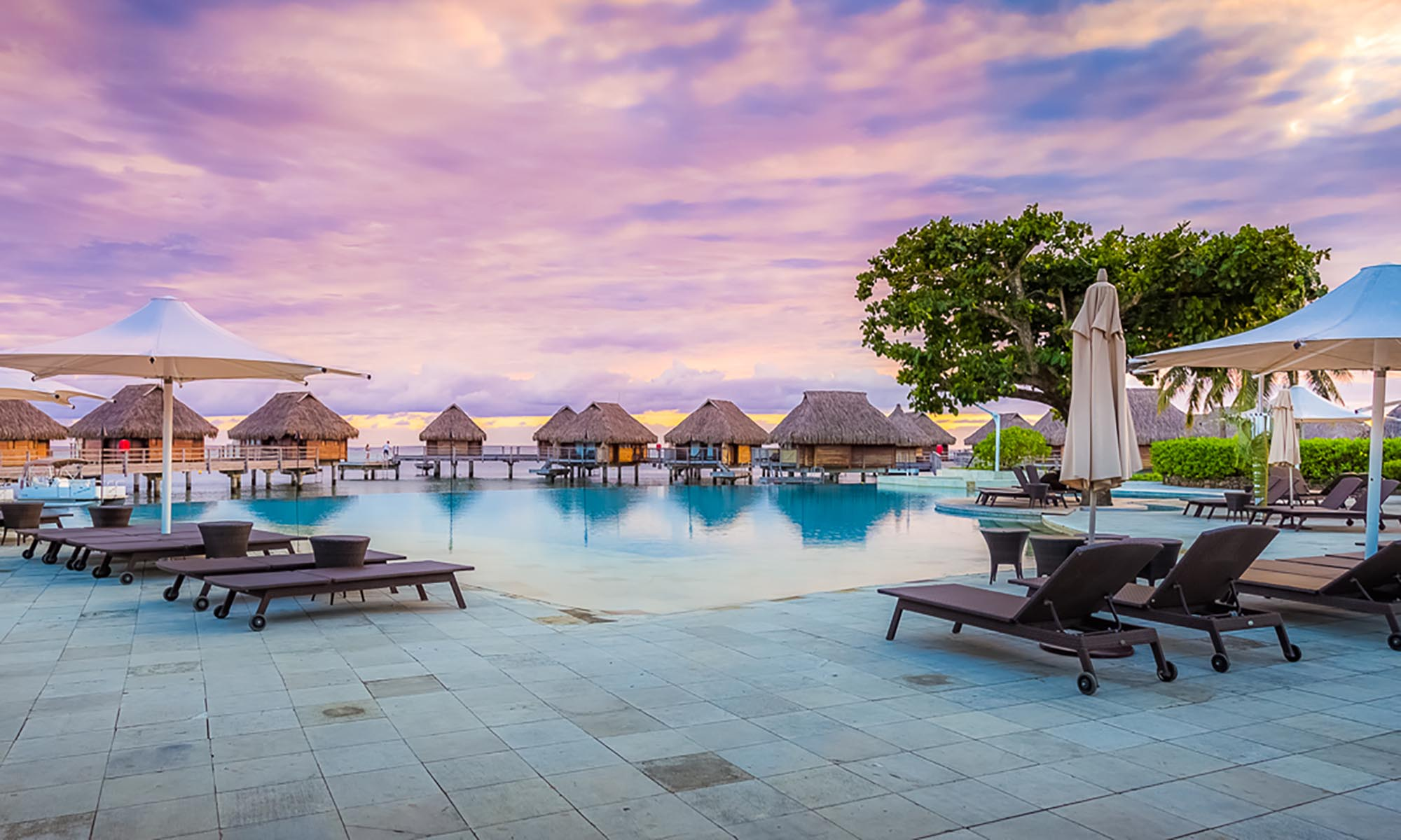 Manava Beach Resort & Spa, Pool