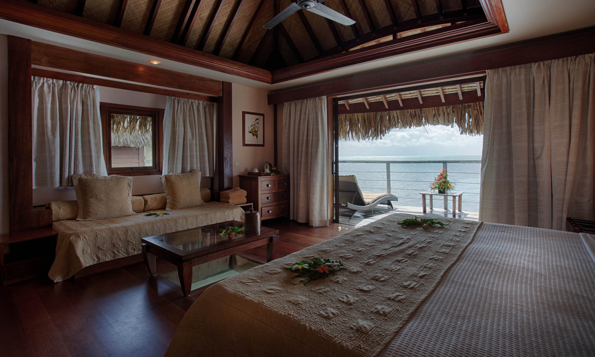 Manava Beach Resort & Spa, Premium Overwater Bungalow
