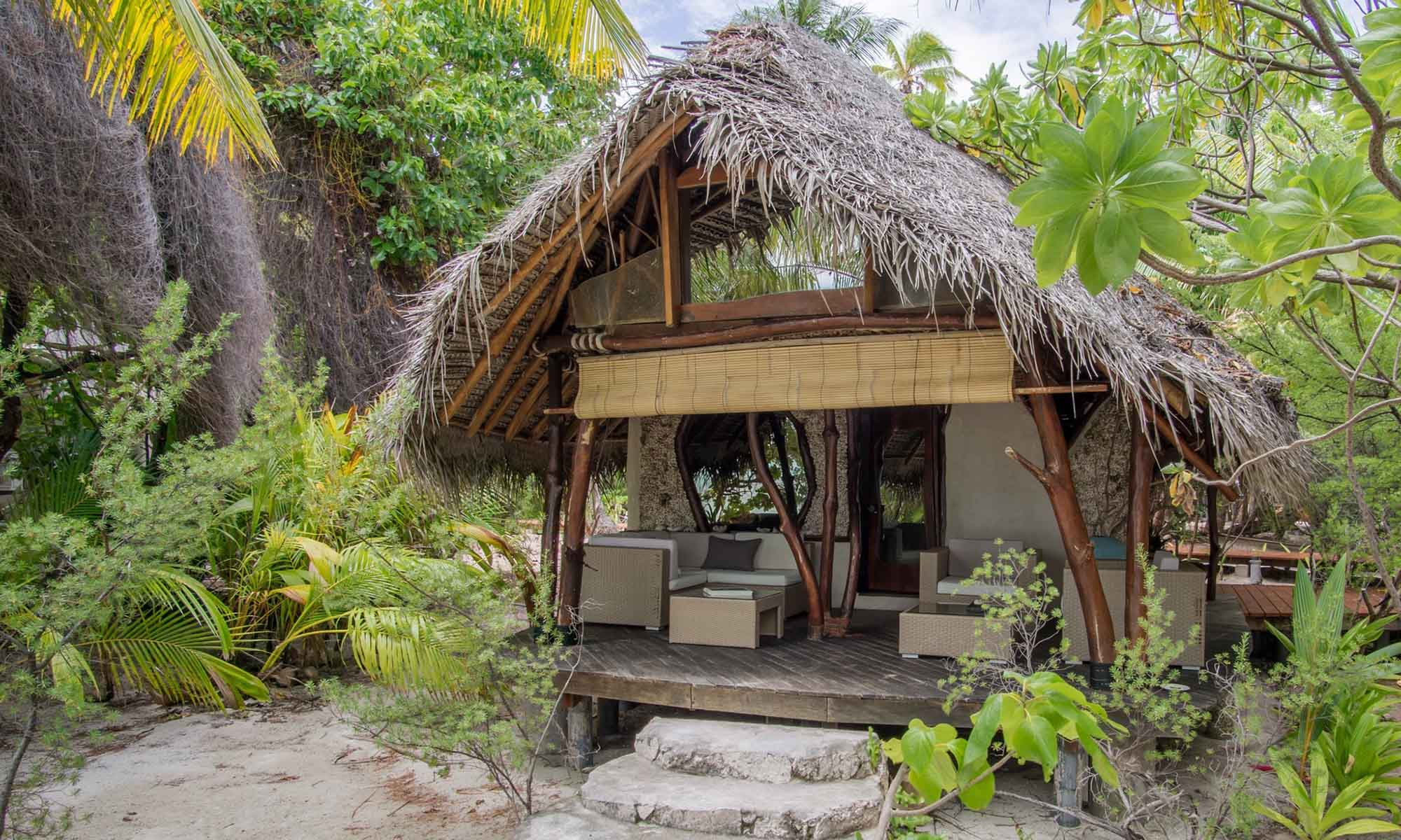 Ninamu Resort, Oceanside Bungalow
