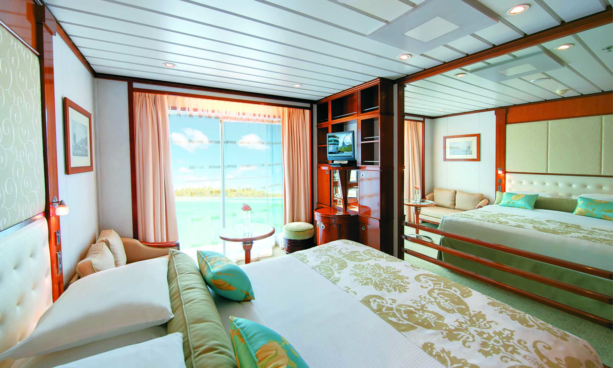 Paul Gauguin Cruise, Balcony Stateroom