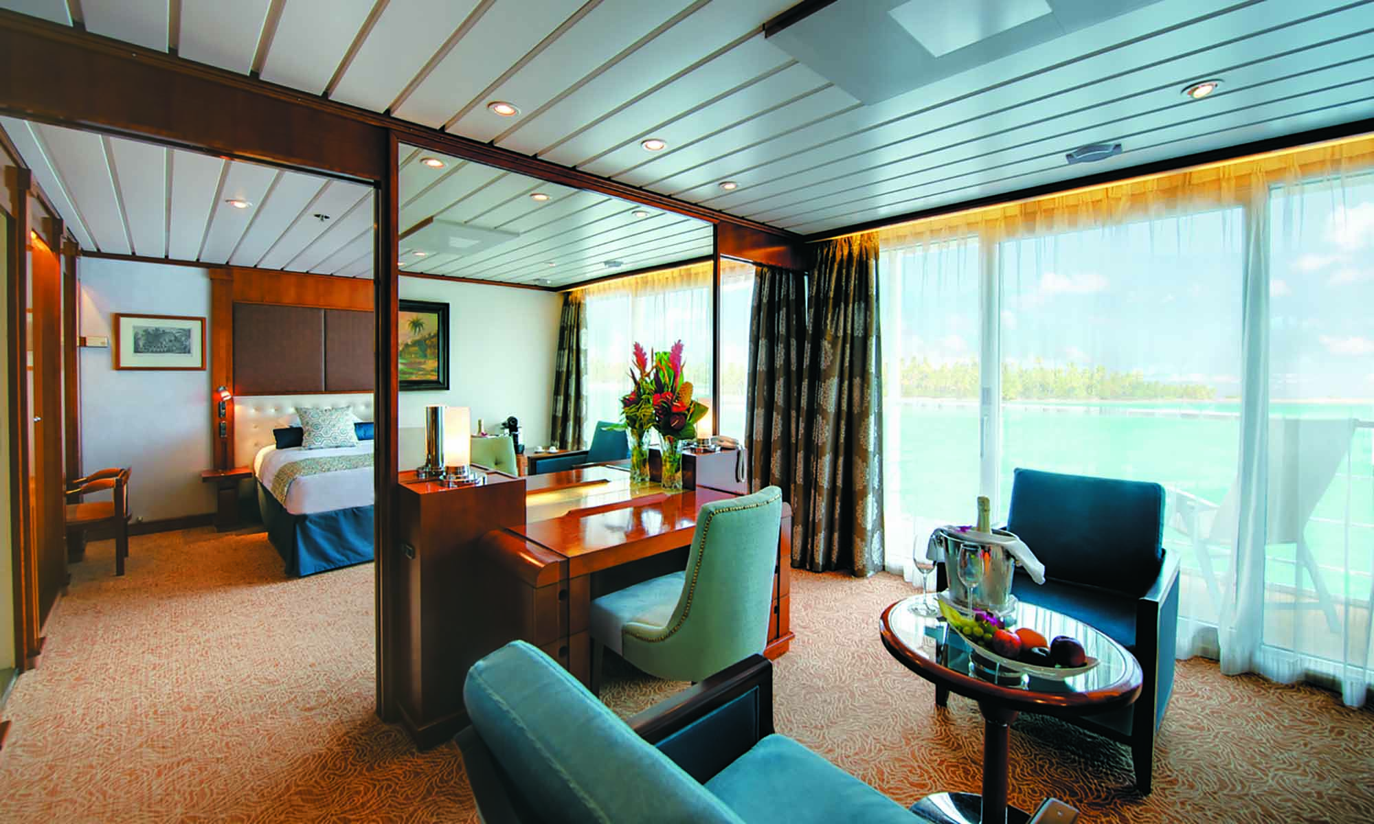 Paul Gauguin Cruise, Owners Suite