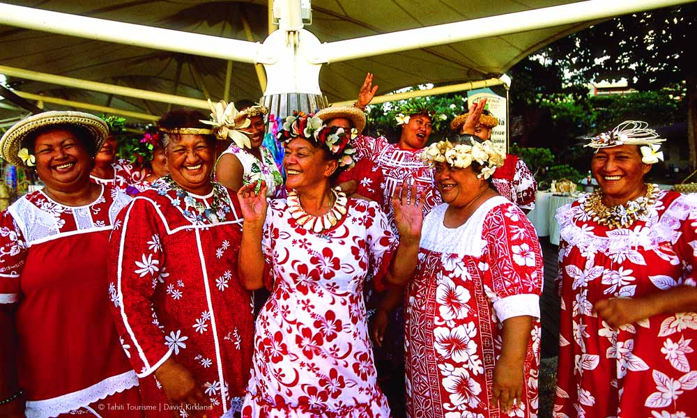 Friendly Tahitian `Mamas`