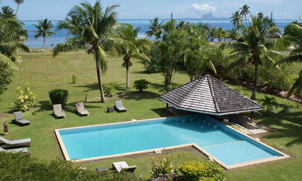 Raiatea Lodge Hotel, Pool and Gardens